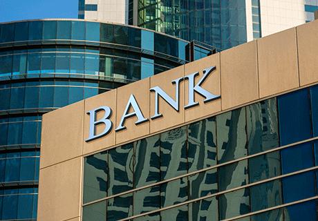 大手都市銀行M